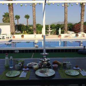 Hotel Pictures: Bed&Breakfast Casa Beli, Almoradí