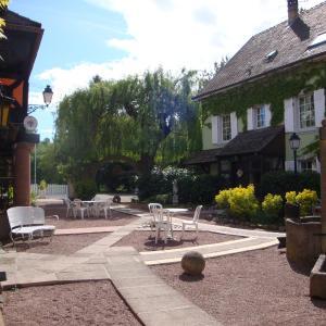 Hotel Pictures: Hôtel au Moulin, Sainte-Croix-en-Plaine