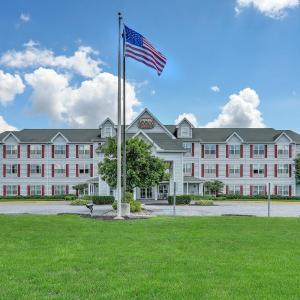 Hotel Pictures: Lancaster Inn & Suites, Manheim
