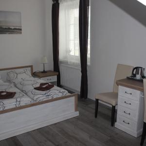 Hotel Pictures: Hotel Vesely, Železný Brod