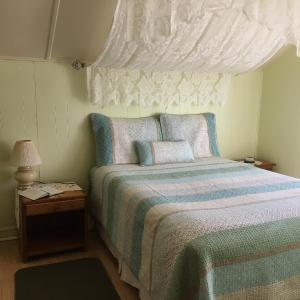 Hotel Pictures: Gite Aux 3 Tonnelles, Saint-Gabriel-De-Valcartier