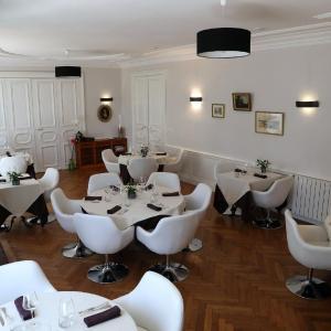 Hotel Pictures: Hotel Restaurant Tour de Ciron, Carmaux
