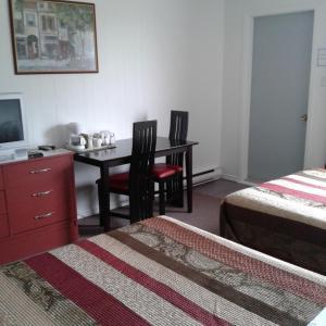 Hotel Pictures: Motel le Cordon Rouge, Saint-Ulric