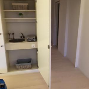 Hotel Pictures: Wunderschönes Apartment direkt am See, Bissone bei Lugano/Tessin, Bissone