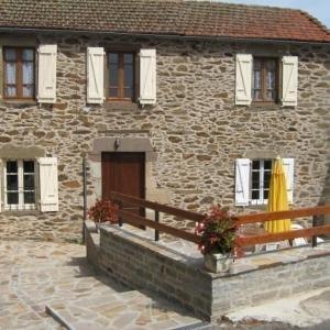 Hotel Pictures: House La nougarède, Jouqueviel