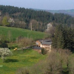 Hotel Pictures: House Les esplagnols, Paulinet