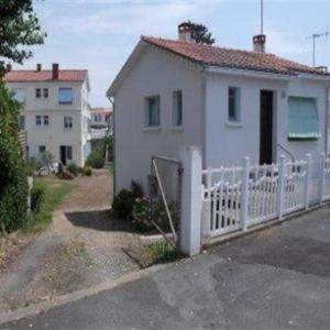 Hotel Pictures: House Maison de vacances t3, en plein coeur du centre de la tranche, La Tranche-sur-Mer