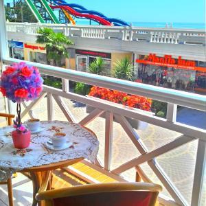 Фотографии отеля: Mayak Hotel, Сочи