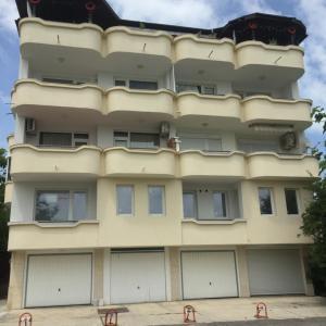 酒店图片: Apartments Bodurovi, 普里莫尔斯科