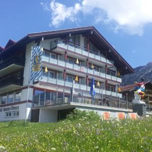 Hotel Pictures: Sporthotel Hochpaßhaus am Iseler, Bad Hindelang