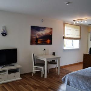 Hotel Pictures: Saare Apartments, Kuressaare