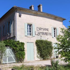 Hotel Pictures: Domaine L'Amourette, Tizac-de-Curton