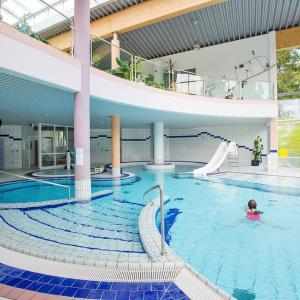 Hotel Pictures: Bungalow 3-Zimmer 101S, Maierhöfen