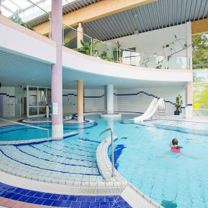 Hotel Pictures: Bungalow 2-Zimmer 100S, Maierhöfen