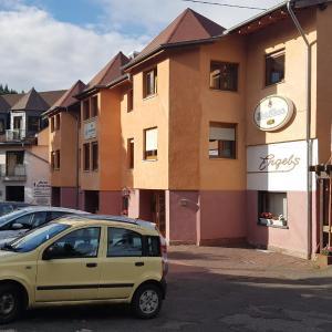 Hotelbilleder: Hotel Zur Engelsburg, Hausen-Wied