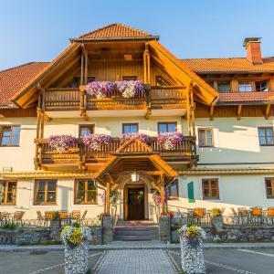 Hotellbilder: Alpengasthof Moser, Karchau