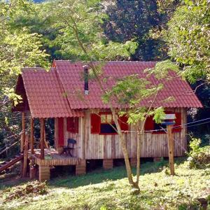 Hotel Pictures: Cabana Sitio Amborella, Riozinho