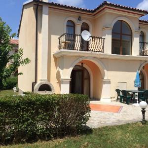 Fotos de l'hotel: Villa Romana 27 Studio, Elenite