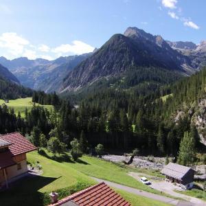 Фотографии отеля: Lechtaler Naturparkchalets, Gramais