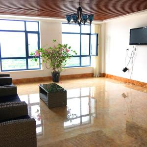 Hotel Pictures: Dongdaihe Golden Sea Holiday Hotel, Suizhong