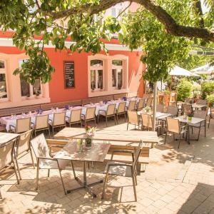 Hotelbilleder: Gasthof zum Goldenen Lamm, Wettelsheim