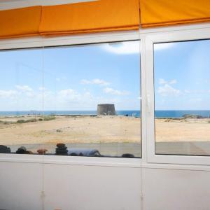 Hotel Pictures: El Cotillo Castillo View Ocean WiFi, Cotillo