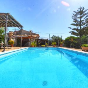 Hotel Pictures: Villa Celeste, Alaró