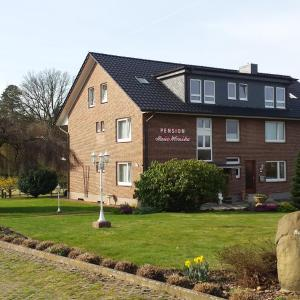 Hotel Pictures: Pension Haus Monika, Bispingen