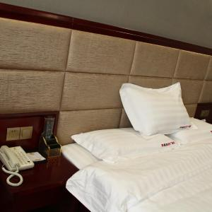 Hotel Pictures: Super 8 Lvliang Shijie Square, Luliang