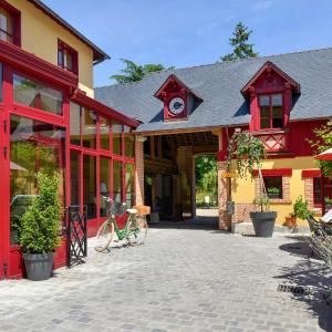 Hotel Pictures: Hotel La Diligence, La Ferté-Saint-Cyr