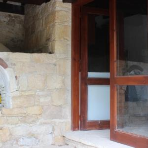 Hotel Pictures: Arsos - Agios Axistratios Village Homes, Arsos