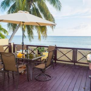 Fotos del hotel: Darrel Cot Beachfront Cottage, Saint Peter