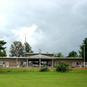 Hotel Pictures: Pleasant Stay Motel, Ancaster