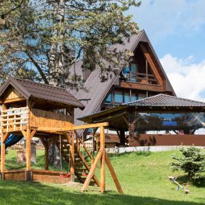 Fotografie hotelů: Motel Babino Brdo, Derventa