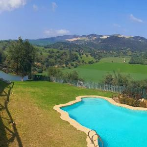 Hotel Pictures: Holiday home Camino viejo de coripe, Puerto Serrano