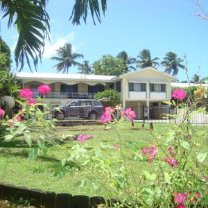 Фотографии отеля: Olini Lodge, Нукуалофа