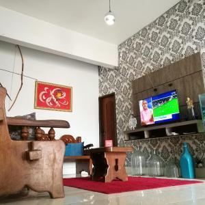 Hotel Pictures: BBB Rooms Celio Miranda Paragominas PA, Paragominas