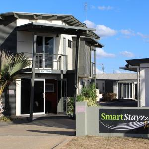 Hotelbilleder: Smart Stayzzz Inns, Clermont