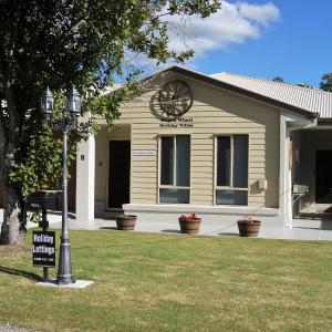Hotellbilder: Wagon Wheel Holiday Villas - Macadamia, Canungra