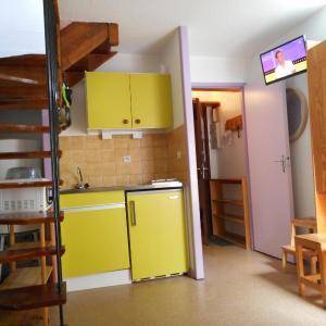 Hotel Pictures: Apartment Cauterets, Cauterets