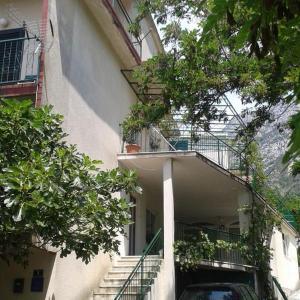 Hotellikuvia: Apartment Gradac 13196a, Gradac
