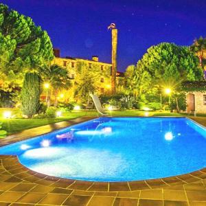 Hotel Pictures: El Castell Resorts, Santa Oliva