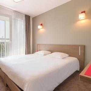Hotel Pictures: Appart'City Cherbourg Centre Port, Cherbourg en Cotentin