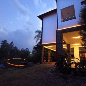 Fotos do Hotel: Los Lagos Resort Hotel, Capiatá