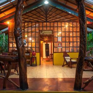 Hotel Pictures: Tierra de Sueños Lodge & Wellness Center, Cocles