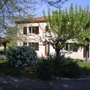Hotel Pictures: House Frejairolles - 4 pers, 90 m2, 3/2, Fréjairolles