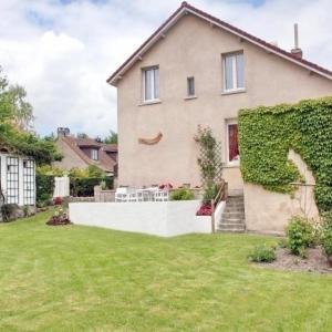 Hotel Pictures: House A l'orée du bois, Bouvigny-Boyeffles