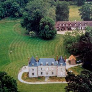 Hotel Pictures: La Breteche-Le chateau, Ligny-le-Ribault