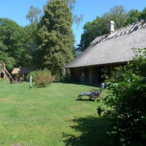 Hotel Pictures: Kotka Farm, Saareküla