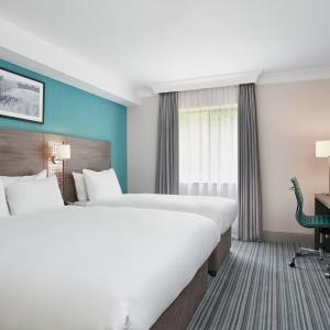 Hotel Pictures: Jurys Inn East Midlands Airport (on-site), Castle Donington